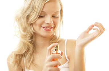 Deodorant Lekesi Nasıl Çıkar?